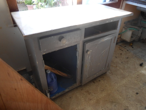 Kaipaka cabinet damaged