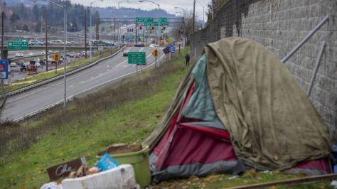 tent by freeway portland